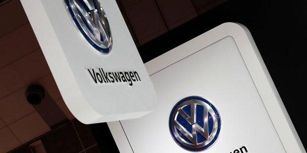 Un cadre de volkswagen condamne a sept ans de prison aux usa[reuters.com]