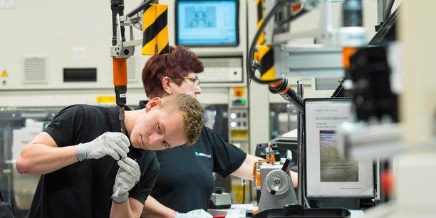 Baisse de 1,4% de la production industrielle en allemagne[reuters.com]