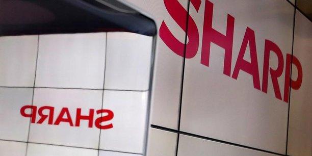 Sharp cherche a former une alliance dans l'oled au japon[reuters.com]