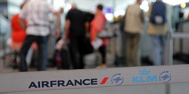 Air France, KLM, la compagnie de lignes intérieures françaises Hop! et la low-cost Transavia ont transporté 7,4 millions de passagers avec une croissance, selon un communiqué du groupe, sur tous les réseaux sauf celui de la région Caraïbes-Océan Indien, touchée par l'ouragan Irma en septembre, et dont le trafic est en recul de 1,4%.