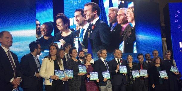 La science est nécessaire pour préparer les entreprises de demain et les nouveaux comportements. (...) Il y a un continuum entre la recherche fondamentale, la recherche appliquée et l'innovation, a ajouté Emmanuel Macron, qui pour accueillir les 18 lauréats a choisi Tech For Planet, l'évènement organisé par l'accélérateur de startups Numa à la veille du One Planet Summit qui se tient à Paris.