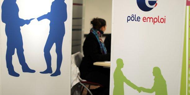 Pour rappel, la Dares et Pôle emploi ne publieront désormais le nombre de demandeurs d'emploi inscrits à Pôle emploi que tous les trimestres.
