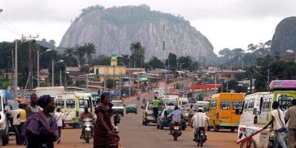 En Côte d'Ivoire, la classe moyenne représente 26,4% de la population, alors que l'effectif des travailleurs dans le secteur formel moderne a connu la création de quelque 40 000 emplois entre mai 2016 et mai 2017.