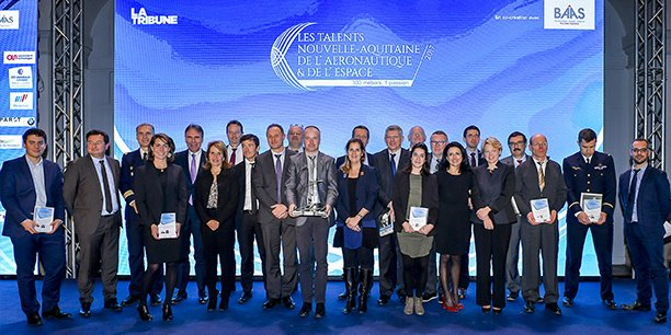 Les lauréats et partenaires des Talents de l'aéronautique et de l'espace en 2017