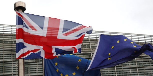 Les banques et assureurs de l'Espace économique européen pourront demander l'autorisation de fonctionner avec une succursale au Royaume-Uni, a expliqué la BoE dans un communiqué.