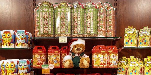 46% des Français ont déjà revendu un cadeau de Noël ou envisageraient de le faire, selon une étude PriceMinister/OpinionWay, publiée le 12 décembre.