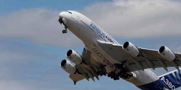 Airbus prévoit une nouvelle cadence de production de six A380 et de huit A400M par an à compter de 2020