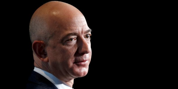 Jeff Bezos, le patron d'Amazon, est l'homme le plus riche du monde.