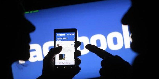 Le réseau social Facebook revendique désormais 2,07 milliards d'utilisateurs actifs par mois dans le monde.