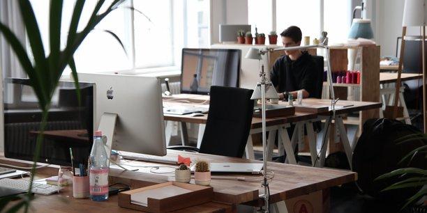 Le mobilier utilisé dans les lieux de travail influe directement sur le bien-être des salariés.