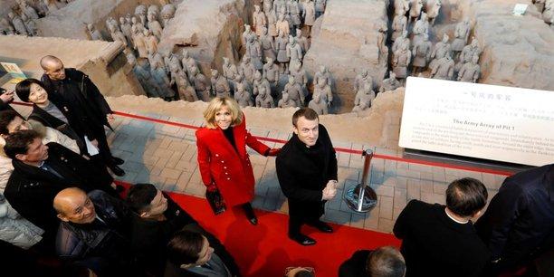 Emmanuel Macron et son homologue chinois Xi Jinping après une conférence de presse ce mardi 9 janvier à Pékin.