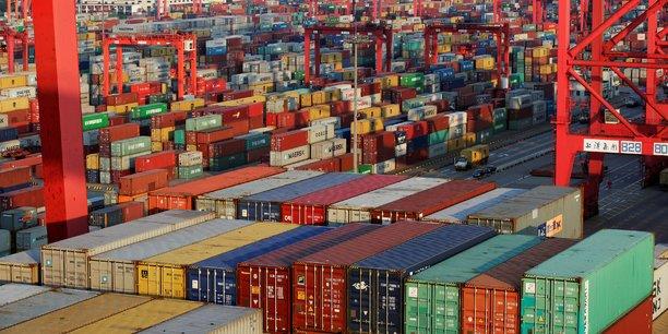 Les échanges mondiaux ont déjà faibli, et les restrictions commerciales ont un impact négatif sur la confiance et les projets d'investissement ; au niveau mondial, la progression des échanges devrait probablement rester inférieure à 4% par an en moyenne sur la période 2018-20 rappelle l'OCDE.