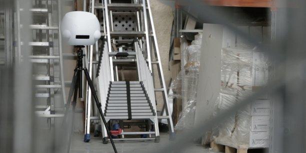 Constitué d'un robot capteur connecté, Numii peut mesurer en quelques secondes la morphologie et les mouvements d'une personne.