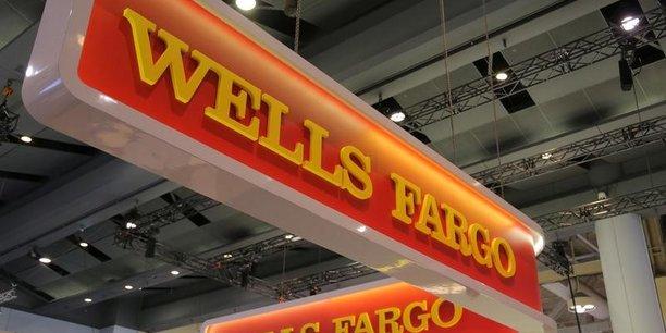 Hausse plus forte que prevu des frais au 4e trimestre pour wells fargo[reuters.com]