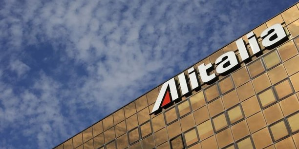 Air france-klm dement avoir depose une offre pour le rachat d'alitalia[reuters.com]