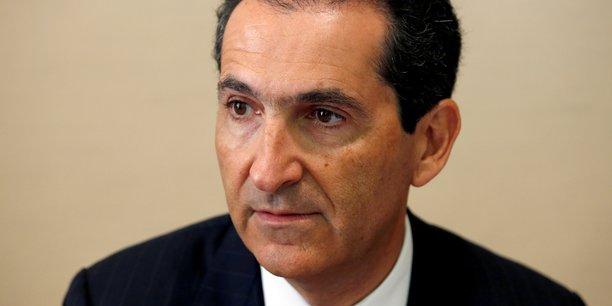 S&P envisage de baisser sa note et fait chuter le titre — Altice