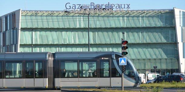 Le siège de Gaz de Bordeaux est situé place Ravezies, à Bordeaux.
