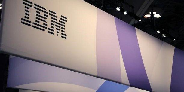 La machine, opérationnelle depuis avril à Stuttgart, est un Q System One. Au moment de son lancement, en 2019, IBM la présentait comme « le premier système d'informatique quantique intégré au monde pour un usage commercial ».