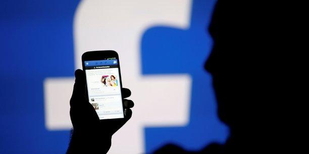 Facebook est le plus grand réseau social au monde, avec 2,07 milliards d'utilisateurs.