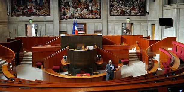 Mardi 23 janvier, les 179 conseiller.e.s présent.e.s au Cese ont voté à l'unanimité la résolution sur l'égalité femmes-hommes.