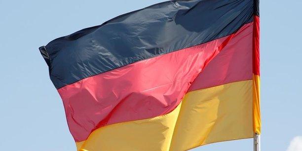 Si les exportations de l'Allemagne sont au plus haut, son excédent commercial a légèrement baissé en 2017.