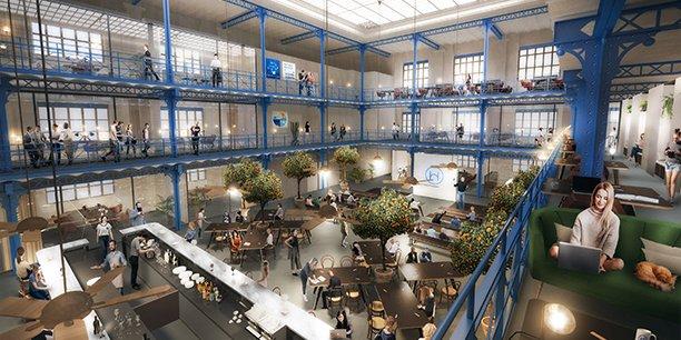 L'immense halle de l'ancienne usine Marie Brizard est en cours de réaménagement. En bas au premier plan, l'immense bar et l'espace restauration, au fond la scène modulable, et tout autour sur 3 étages des postes de travail