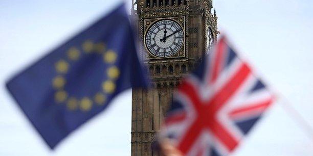 L'annonce d'éventuelles sanctions de l'UE pour encadrer la période de transition après le Brexit a été mal accueilli au Royaume-Uni.