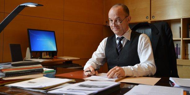 Jean-François Monteils dans son bureau à la Chambre régionale des comptes.