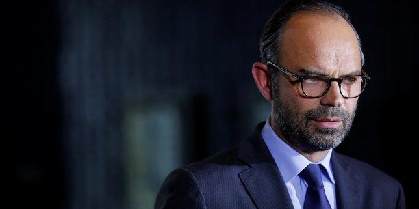 Le gouvernement français a proposé jeudi de lancer un plan de départs volontaires pour les fonctionnaires qui souhaiteraient partir en raison des réformes qu'il compte engager, Edouard Philippe disant assumer de pouvoir heurter des sensibilités