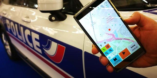 L'application mobile WaryMe, co-fondée par Boris Berger à Rennes, permet, en cas d'une menace d'intrusion ou d'attentat, d'alerter rapidement les personnes en charge de la sécurité d'un site.