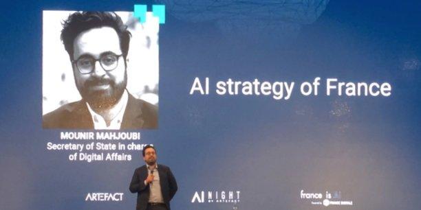 « Beaucoup de Français ont encore peur de l'IA. Ils ne sont qu'un tiers à la voir positivement, contre 80% en Chine. Et 20% de nos concitoyens ne savent pas utiliser une interface numérique. Ceux-là doivent être notre priorité ».
