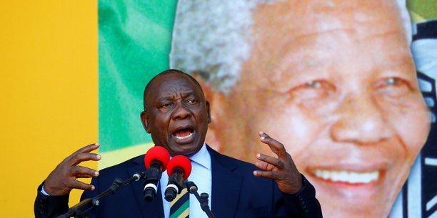 « Le centenaire de la naissance de Nelson Mandela nous donne l'occasion de renouveler et de reconstruire », a affirmé le nouveau patron de l'ANC, Cyril Ramaphosa, ce dimanche 11 février 2018 au Cap.