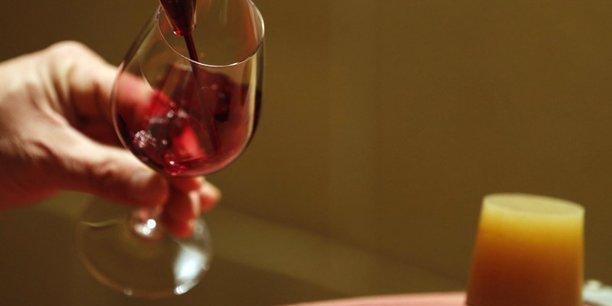 Nouveau record a l'export des vins & spiritueux francais en 2017[reuters.com]