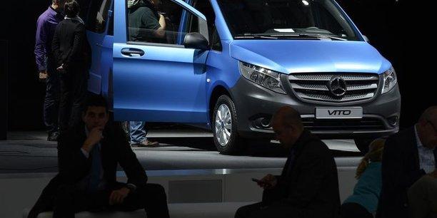 Daimler: la kba enquete sur les emissions des mercedes vito[reuters.com]