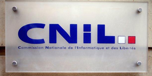 La CNIL va coéditer un guide d'accompagnement avec la Banque publique d'investissement (BPI) à destination des petites et moyennes entreprises, pour qui ce texte est un monument législatif et qui ne peuvent pas se payer un consultant pour le comprendre.