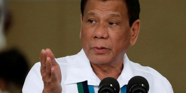 Rodrigo duterte fait sortir les philippines de la cour penale internationale[reuters.com]