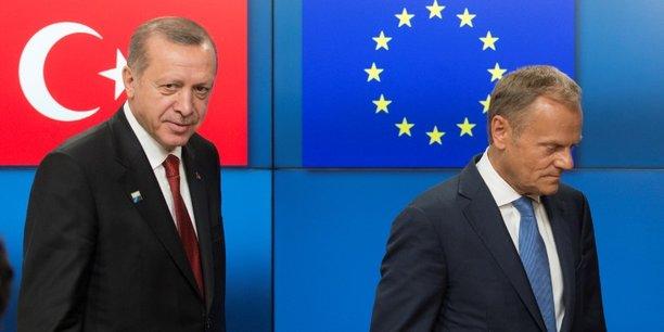 L'UE et la Turquie ont discuté de leurs nombreux griefs à l'occasion d'un sommet qui s'est tenu à Varna, en Bulgarie.