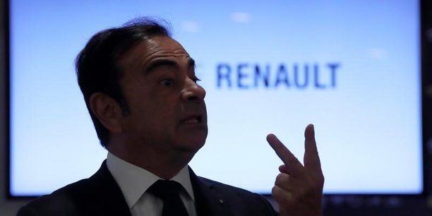 Carlos Ghosn n'a jamais officiellement annoncé qu'il travaillait sur le scénario d'une fusion avec Nissan.