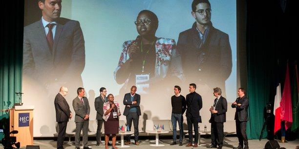 La soirée a également été l'occasion de la remise du Prix The Seed Project/HEC/OCP décerné cette année, à la start-up kenyane ACRE Africa.