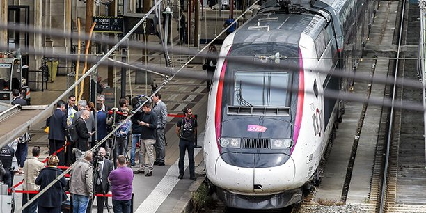 La LGV, inaugurée le 2 juillet 2017, place désormais Bordeaux à 2 heures de Paris renforçant l'attractivité de toute la région Nouvelle-Aquitaine.