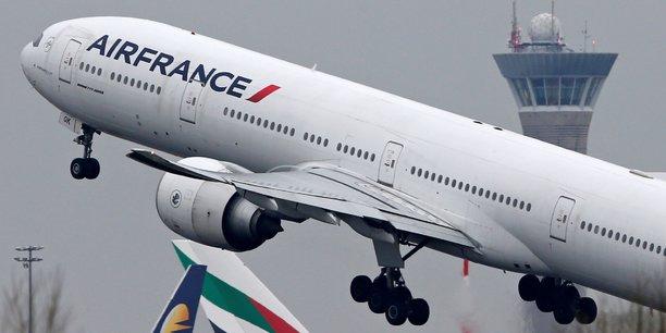 Les syndicats ont refusé, vendredi 13 avril, la nouvelle proposition pluriannuelle de la direction d'Air France.