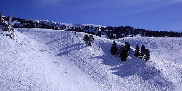 Chamrousse 1650, lieu-dit Le Recoin. Vue sur les pistes olympiques.