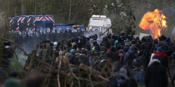 Des affrontements ont eu lieu dimanche 15 avril entre zadistes et forces de l'ordre