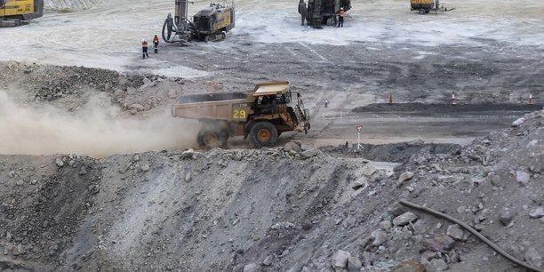 Le Burkina Faso est prêt à accueillir de nouveaux partenaires pour exploiter la mine de manganèse, dont le gisement est évalué à 100 millions de tonnes, faisant de lui le plus important stock de manganèse au monde.