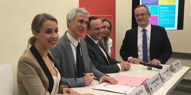 Les deux premiers contrats de subvention ont été signés mercredi 11 avril.