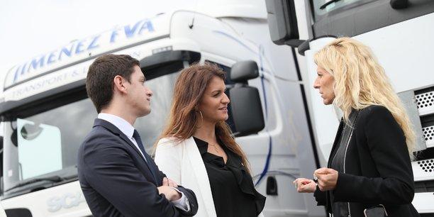 Marlène Schiappa, secrétaire d'État chargée de l'égalité entre les femmes et les hommes a rencontré ce vendredi 13 avril Valérie Jimenez, présidente de la société de transport du même nom.