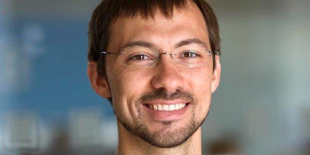 D'origine urkainienne, Vlad Yatsenko est le cofondateur, avec le russo-britannique Nikolay Storonsky, de la Fintech britannique à succès Revolut, qui se voit comme l'Amazon de la banque.