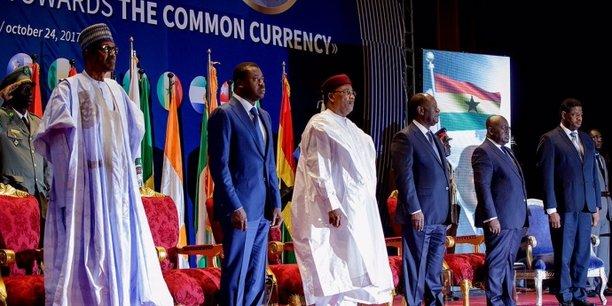 Lors du mini-sommet de cinq chefs d'Etat de la CEDEAO sur la monnaie unique, le 24 octobre 2017 à Niamey au Niger.