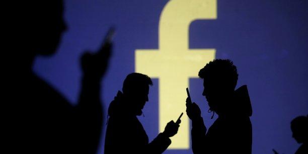 Usa: une action de groupe contre facebook jugee recevable[reuters.com]