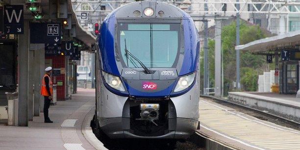 Les syndicats pourraient prolonger la grève jusqu'en août — SNCF